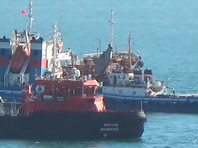 Сообщение о хлопке на танкере поступило в морской Спасательно-координационный центр во Владивостоке в субботу утром
