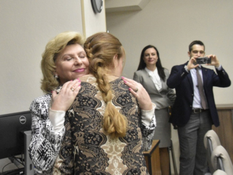 """Москалькова позвала Бутину защищать права россиян за границей вместе с """"интересным человеком"""" Слуцким"""