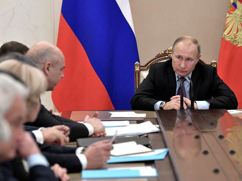 Путин подивился наглости строителей космодрома Восточный