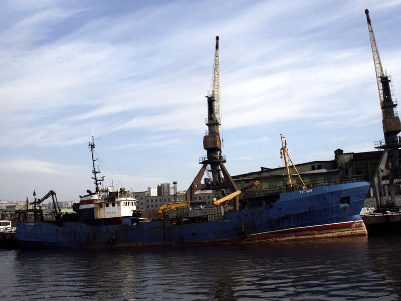 Мурманский морской рыбный порт - одно из старейших градообразующих предприятий Мурманска, основанный в 1934 году. В последние годы на фоне сокращения добычи рыбы занимается также перевалкой щебня и приемом круизных судов