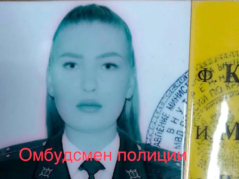 Следователи разбираются в обстоятельствах гибели в Сочи 23-летней девушки-следователя Марии Клочковой. Девушку нашли на рабочем месте в субботу, 23 ноября, в Хостинском отделе полиции. Рядом с ней лежал пистолет