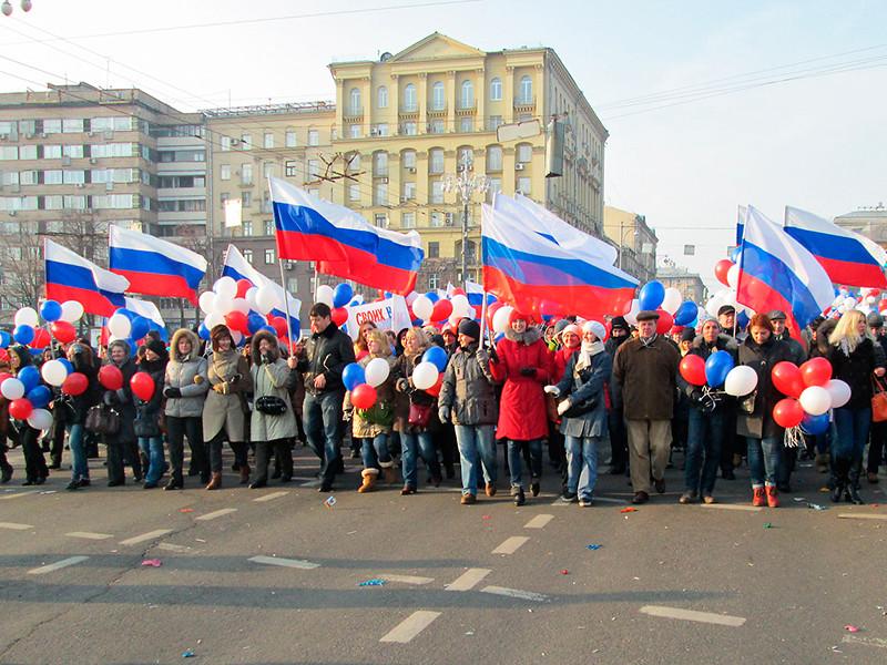 Почти 60% россиян выступают за решительные перемены в стране, но не готовы за них отвечать