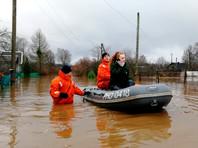 В Новгородской и Вологодской областях из-за наводнений эвакуируют население (ФОТО, ВИДЕО)