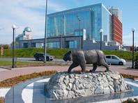 Согласно уставу Приморского края, Владивосток является исторически сложившимся административным центром Приморья, но краевого закона о его столичном статусе до сих пор не было