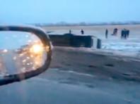 В Иркутской области маршрутный автобус столкнулся с легковым автомобилем. Пострадали девять человек, двое - в тяжелом состоянии