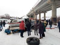 В Забайкалье автобус с пассажирами рухнул с моста на лед в реку: минимум 20 погибших (ВИДЕО, ФОТО)