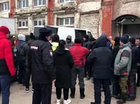Human Rights Watch призывает власти РФ перестать безосновательно задерживать и избивать мигрантов