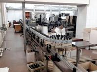 С ноября 2017 года по март 2018-го они произвели для последующего сбыта более 40 тысяч бутылок немаркированной алкогольной продукции под видом водки общей стоимостью более 7,1 млн рублей, причинив правообладателю ущерб в сумме около 540 тысяч рублей