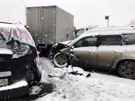 Самым серьезным происшествием стало массовое ДТП в районе 9 км автодороги Хабаровск-Владивосток-поселок Новый-Де-Фриз в Надеждинском районе. По предварительной информации, здесь столкнулись участие 48 автомобилей