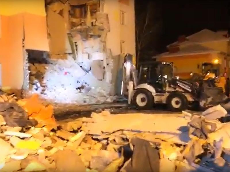 Восемь из 12 квартир получили различные повреждения при взрыве газа в четырехэтажном жилом доме в поселке Яковлево Белгородской области