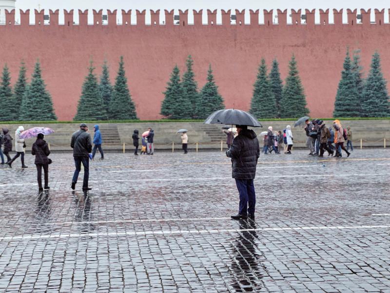 Аномальное тепло в Москве и Санкт-Петербурге