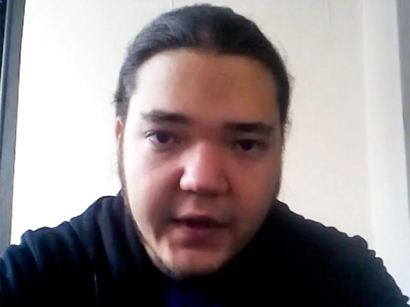 В Омске при загадочных обстоятельствах погиб 25-летний сотрудник IT-компании Дмитрий Федоров. Некоторое время назад он сообщил, что его задержали бойцы Росгвардии, которые подбросили ему наркотики