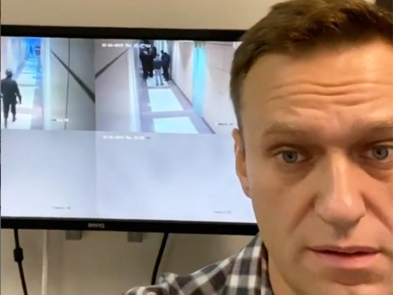 В московский офис ФБК снова пришли с обысками, Навального задержали