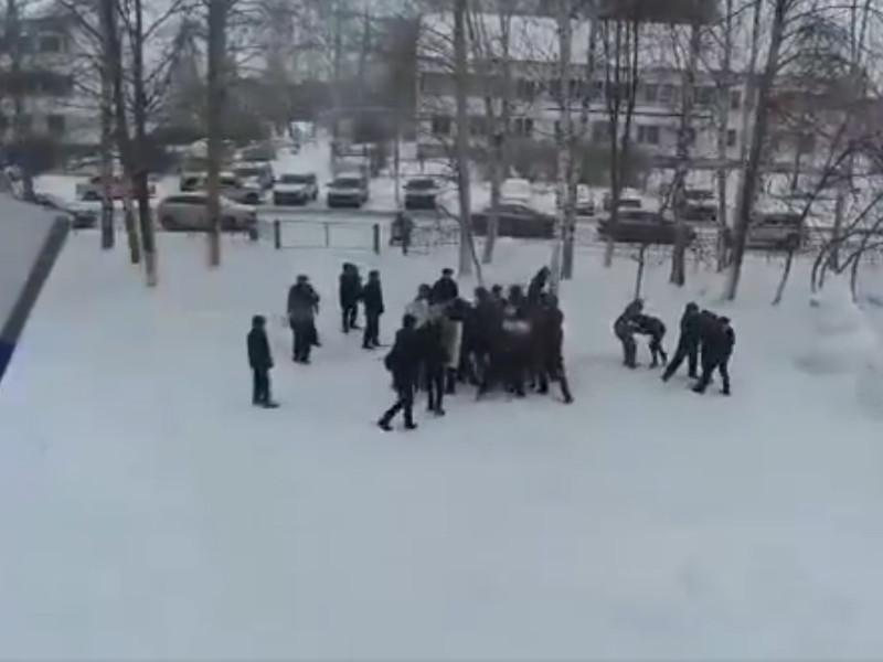 Школьники рассказали о травмах на учениях по разгону митингов в Татарстане