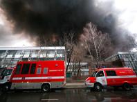 В Москве по адресу Варшавское шоссе, д. 129, к. 2 загорелись склады, площадь пожара достигла 7 тысяч квадратных метров