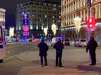 Восстановлена хронология стрельбы на Лубянке, в результате которой от рук 39-летнего предпринимателя из Подмосковья Евгения Манюрова погибли два сотрудника ФСБ
