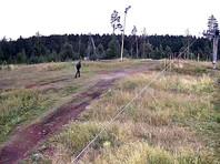 """Опубликовано ВИДЕО подозреваемого в убийстве двух девушек на горнолыжном комплексе """"Уктус"""" на Урале. Кто его узнает, получит миллион"""