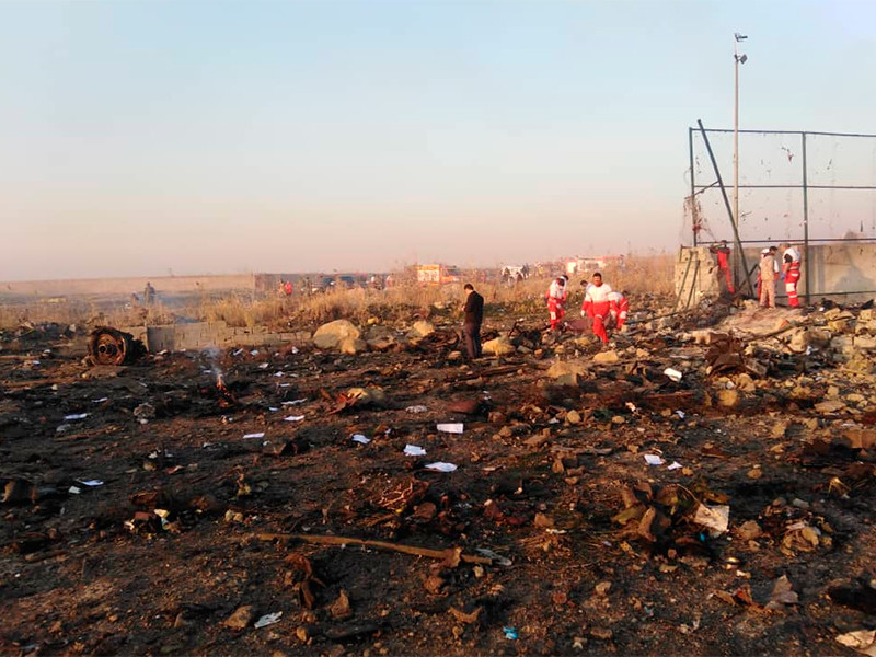 """Россиян нет среди жертв авиакатастрофы Boeing 737-800, принадлежавшего """"Международным авиалиниям Украины"""", и разбившегося сразу после взлета, недалеко от тегеранского аэропорта имени имама Хомейни"""