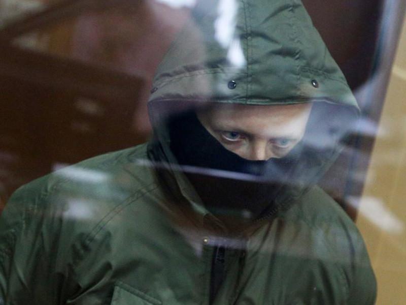 Басманный суд арестовал до 29 марта бывшего сотрудника УВД по ЗАО Москвы Романа Феофанова, который вместе с четырьмя коллегами проходит по делу о незаконном задержании и подбрасывании наркотиков журналисту Ивану Голунову