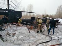 Одиннадцать человек погибли в результате пожара в деревянном здании в Томской области (ВИДЕО)