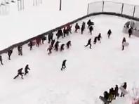Пермских школьников обучали разгону митингов с щитами и дубинками (ВИДЕО)