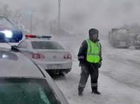 В Алтайском крае в метель столкнулись 15 автомобилей, два человека погибли (ВИДЕО)