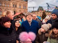 Владимир Жириновский посетил ярмарку на Манежной площади