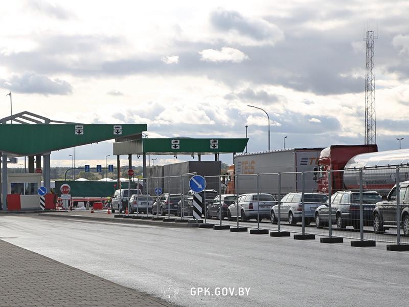 Государственный пограничный комитет (ГПК) Белоруссии сообщил о всплеске пассажиропотока и росте очередей на пунктах пропуска через границу с Польшей, Литвой и Латвией в связи с рождественскими выходными