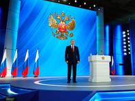 Относительное большинство хочет, чтобы Путин оставался у власти и после 2024 г., но сейчас этих людей меньше даже по сравнению с тем, что было полгода назад, и это в основном жители провинции с меньшим уровнем дохода и образования