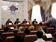 5 февраля администрация Симферополя сообщила, что намерена ограничить подачу горячей и холодной воды в частные и многоквартирные дома из-за обмеления водохранилищ