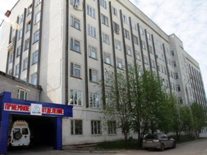 Медбрат-анестезист пермской больницы имени Гринберга Сергей Калинин признался, что был автором анонимных сообщений об убийствах пациентов якобы путем отключения аппаратов искусственной вентиляции легких