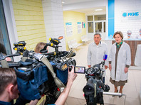 Среди прибывших четверо жителей Татарстана, один из которых ребенок, сообщил журналистам президент республики Рустам Минниханов, приехавший в больницу вместе с руководителем Роспотребнадзора РФ Анной Поповой