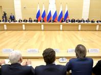 Пресс-секретарь президента РФ Дмитрий Песков не считает проблемой, что некоторые из членов рабочей группы по подготовке поправок в Конституцию РФ не читали Основной закон государства