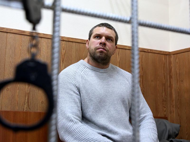 Экс-полицейский, обвиняемый поделу журналиста Ивана Голунова, дал показания насвоего начальника