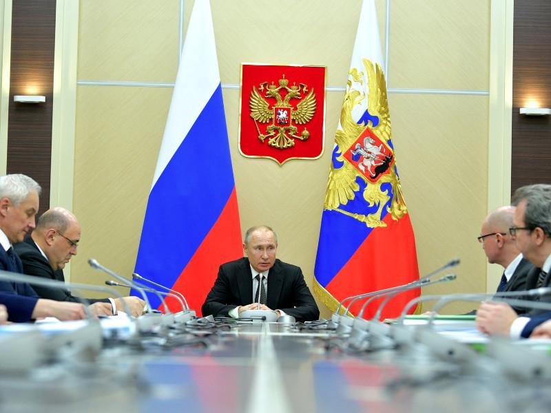 Президент решил выступить с телеобращением после прошедших накануне совещаний