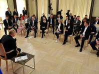 По мнению президента, ситуация с распространением COVID-19 в России несомненно изменится к лучшему - вопрос лишь в сроках и эффективности совместной работы