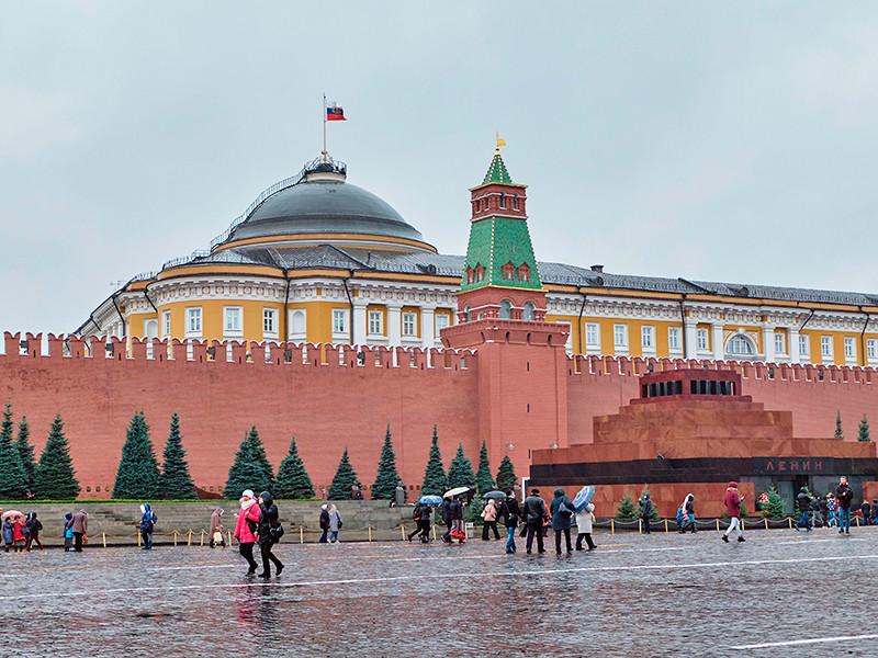 """""""Мужеподобная Россия"""": две трети россиян не хотят видеть женщину на посту президента"""