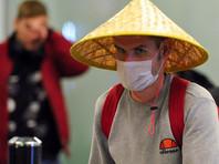 """Прилетевшие из Таиланда туристы прорвали оцепление в красноярском аэропорту, не дождавшись """"карантинных"""" бланков"""