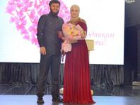 Дочь Кадырова получила медаль за заслуги перед Чечней за популяризацию чеченской моды