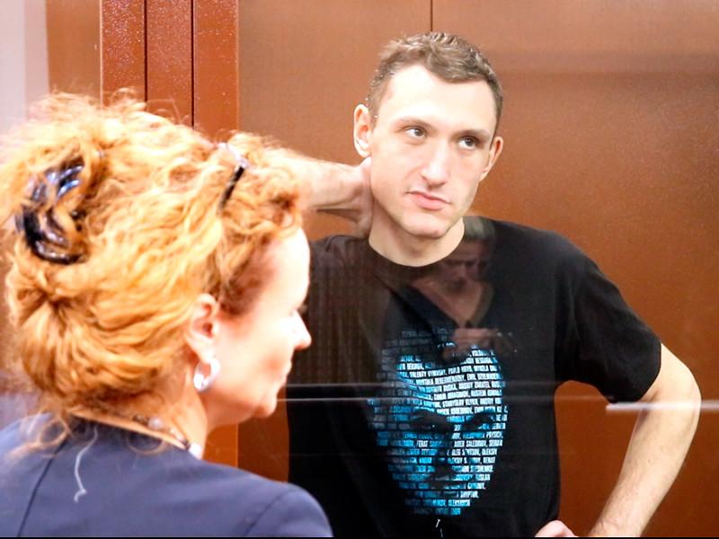 Защита активиста Константина Котова, приговоренного к 4 годам колонии по обвинению в повторном нарушении закона о митингах, не может обжаловать решение об избрании ему меры пресечения из-за введенного в судах карантина