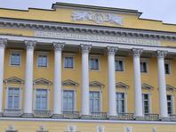 При этом минимум, позволяющий направить закон в Конституционный суд РФ для проверки его положений - 57 субъектов - был достигнут еще 12 марта