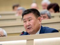 Против закона о поправках в Конституцию проголосовал только сенатор Мархаев, критиковавший власти за разгон митингов в Москве