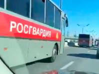 В МВД и Росгвардии опровергли сообщения о вводе войск в Москву и комендантском часе. Мэр Собянин назвал чушью сообщения о войсках