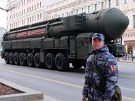 """Основная часть репетиций проходит на подмосковном полигоне в Алабино. С конца февраля Минобороны начало перебрасывать технику в Московскую область. Так, на полигон прибыли пусковые установки ракетного комплекса """"Ярс"""", зенитные ракетные системы """"С-300В4"""" и """"Бук-М3"""", танки Т-72Б3, Т-80БВМ, Т-90М и новейшие Т-14 """"Армата"""""""