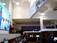 В информационном центре по мониторингу ситуации с коронавирусом (ИЦК) президенту РФ Владимиру Путину во вторник отчитались о 55 зафиксированных фейках