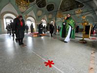 Праздничная литургия в Вербное воскресенье в Высоко-Петровском монастыре