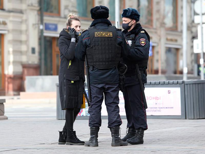 """Согласно """"индексу самоизоляции"""" """"Яндекса"""", примерно половина жителей Москвы остаются дома, соблюдая требования режима"""