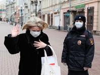 В Москве соблюдение дистанции в 1,5 метра в магазинах и других местах, которые работают в карантин, стало обязательным. За нарушение - штрафы