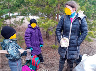 На Урале многодетная семья ушла жить в лес, чтобы спастись от коронавируса