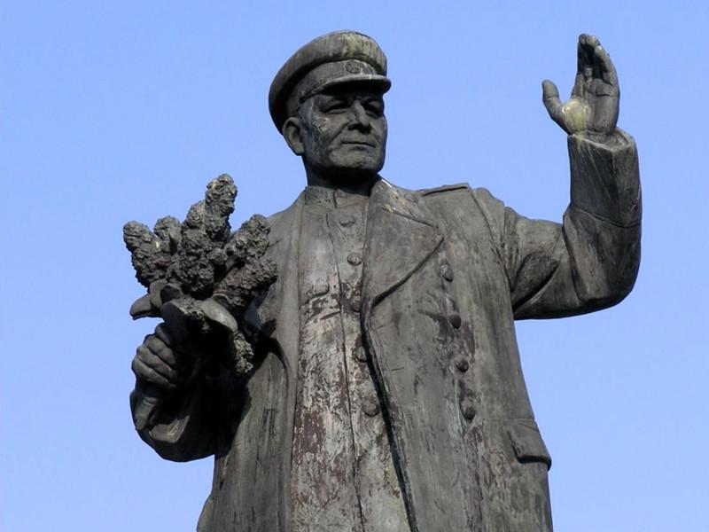 Российские следователи намерены привлечь к уголовной ответственности участников сноса памятника маршалу Советского Союза Ивану Коневу в Праге